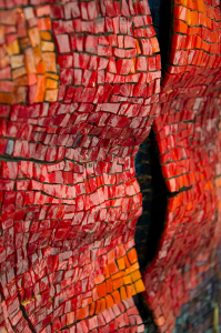dino-glass-waves-detail
